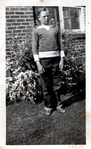 1940s Teenage Boy Hairstyle