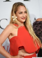 Jemima Kirke arrives at the 2015 CFDA Fashion Awards at Alice Tully Hall on Monday, June 1, 2015, in New York. (Photo by Evan Agostini/Invision/AP)