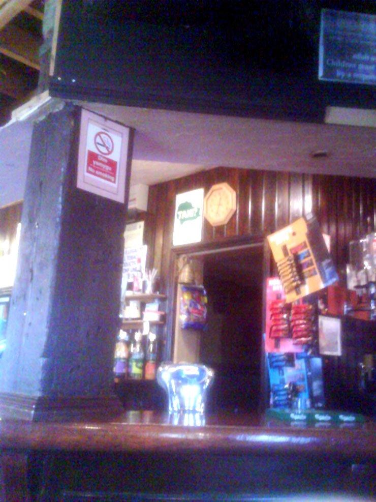 The Hanbury Arms Bargoed Mid Glamorgan Pub Review2 - The Hanbury Arms, Bargoed, Mid Glamorgan - Pub Review
