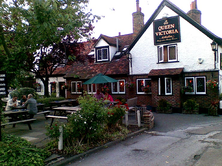 The Queen Victoria Theydon Bois Essex Pub Review - The Queen Victoria, Theydon Bois, Essex - Pub Review