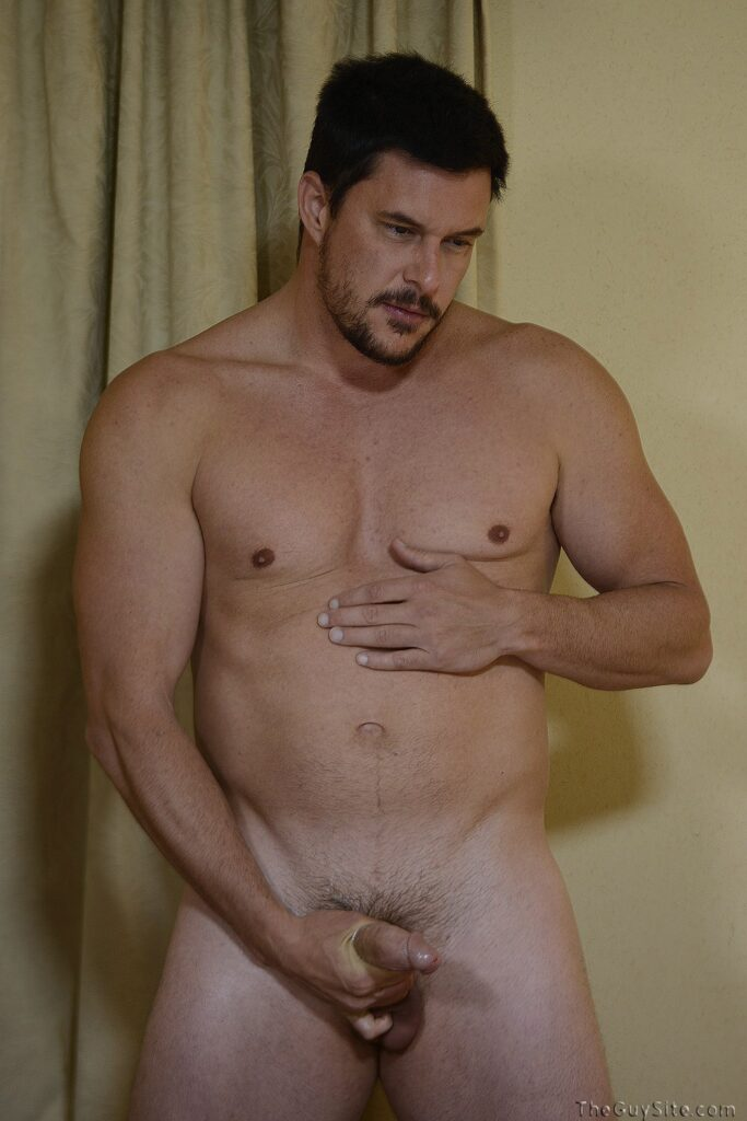 Muscle Hunk Mitchell Jerks Off At The Guy Site - Hairy -7239