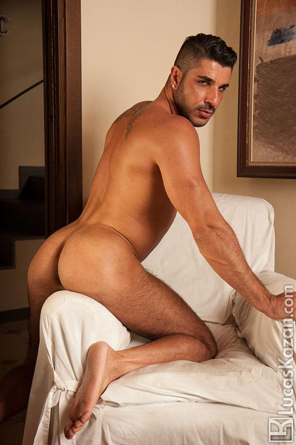 Hairy Gay Porn Star Raul Korso - Hairy Guys In Gay Porn-9993