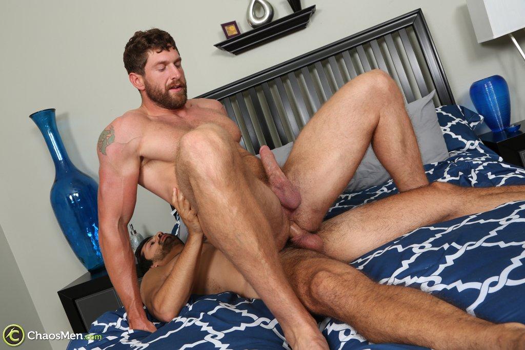 Masculine Hunk Rides Big Raw Cock 03
