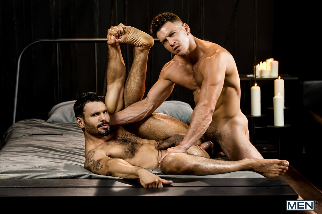 Hairy Hunk Jean Franko Gets Fucked By Paddy O'Brian 08