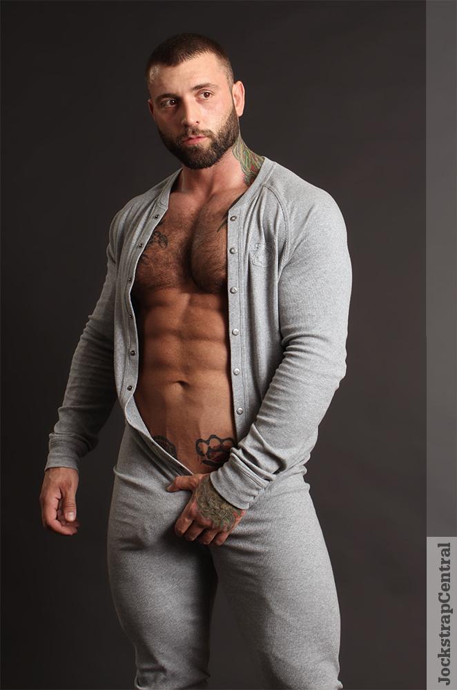 Masculine Model Simon Marini 05
