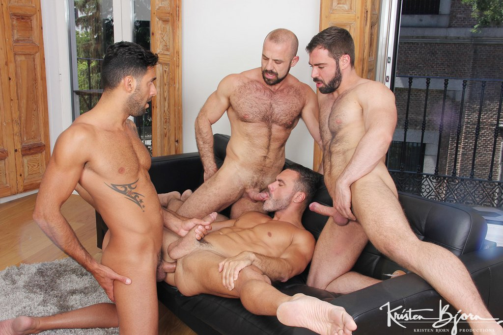 Two Hot Gay Couples Fuck Raw 05
