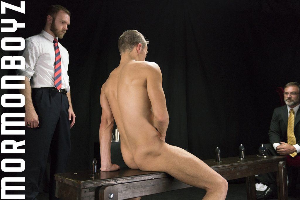 Kristofer Weston and Peter Marcus Drill Young Bottom 05