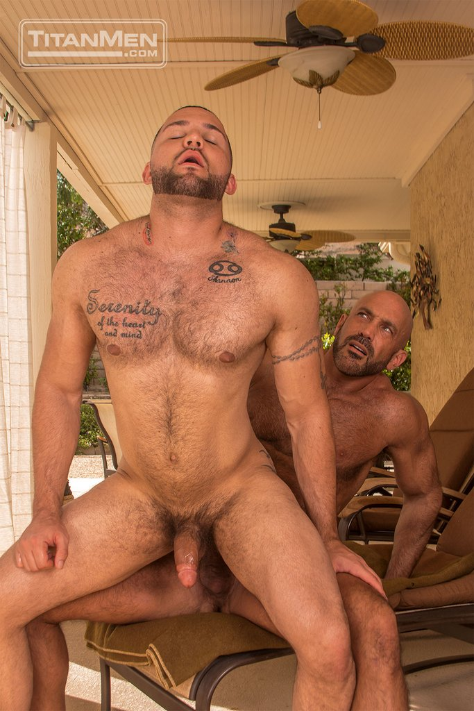 Jesse Jackman Fucks Julian Knowles Outdoor 12