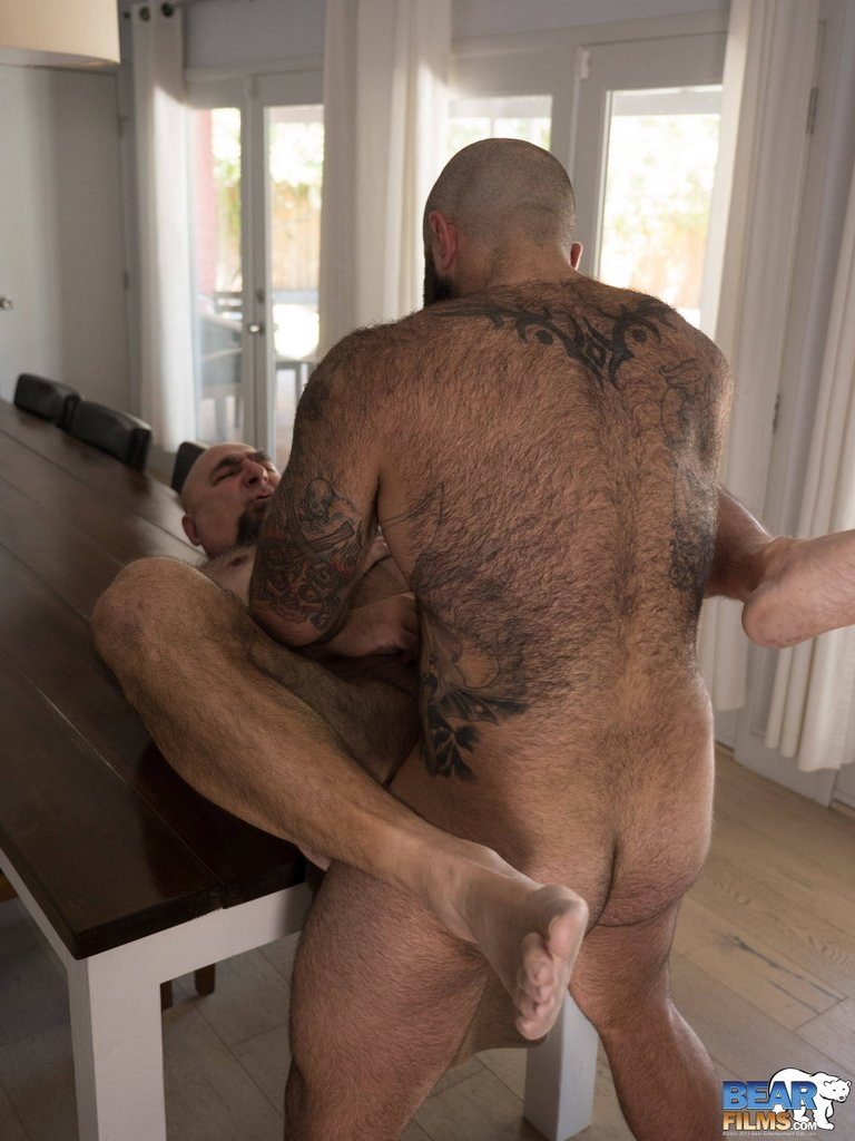 Atlas Grant Breeds Jw Bare - Hairy Guys In Gay Porn-2754