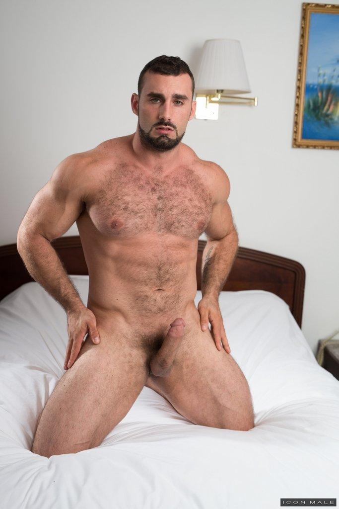 Horny Daddy Jaxton Wheeler Shows Off 11