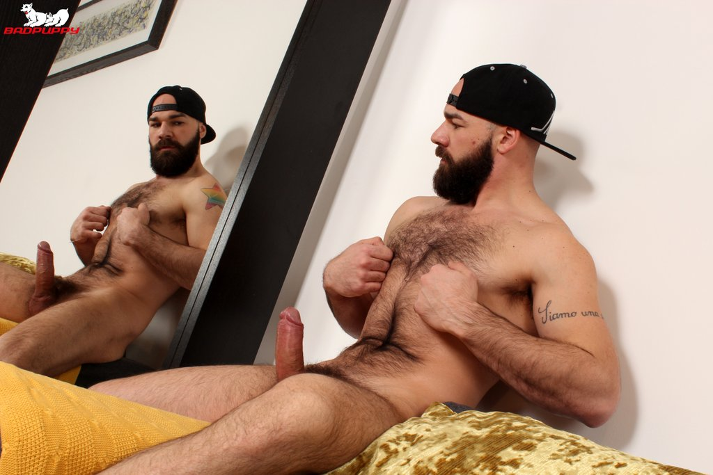 Hairy Hunk Max Duro Jerks off 05