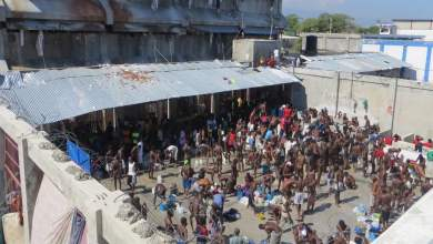 Des prisonniers au penitencier à Port au Prince Photo EveningStandard