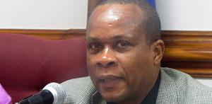 le secrétaire dÉtat à la réforme fiscale Ronald Gray Décembre