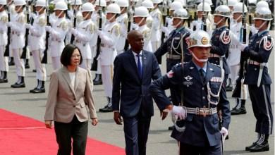 Au Taïwan Jovenel Moïse signe un accord qui éloigne Haïti de la Chine. Photo Taipei News