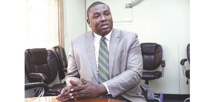 Le commissaire du gouvernment près le Tribunal de première instance de Port au Prince Me Paul Eronce Villard. Photo Ruben Chéry.