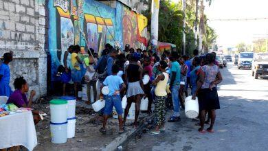 Accès à l'eau l'Etat se déresponsabilise l'informel s'impose