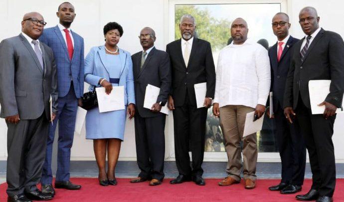 la Commission nationale de désarmement de démantèlement et de réinsertionCNDDR.