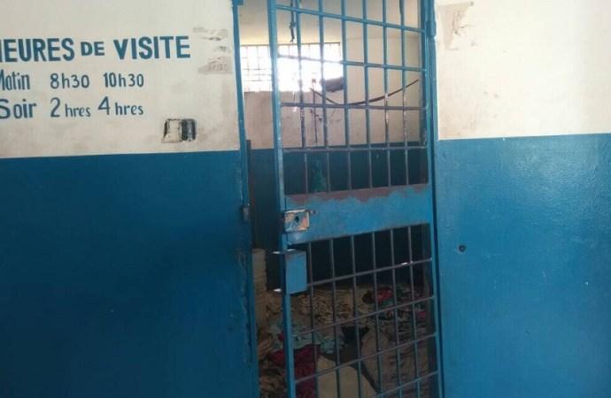 11 détenus évadés du sous-commissariat de Petit-Goave.
