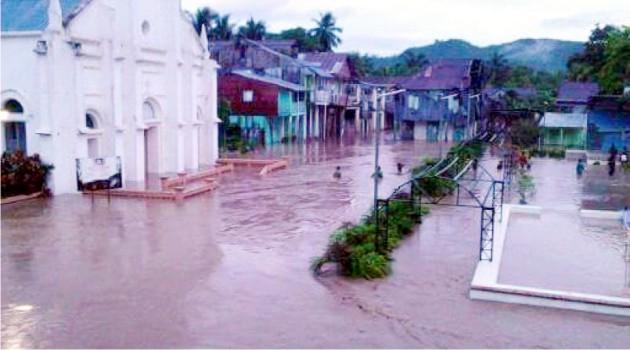 Les villes de Baradères et Petit-trou-de-Nippes inondées