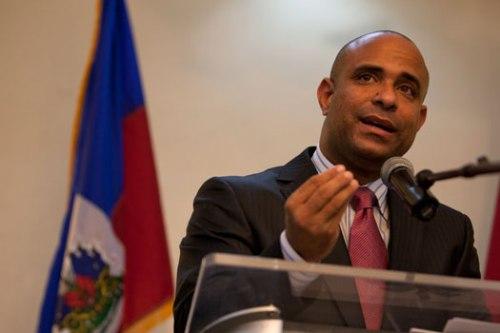 Affaire Petrocaribe : Laurent Lamothe continue de dénoncer les irrégularités et mensonges du rapport-Beauplan