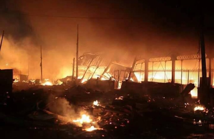 Le marché Hyppolite incendié