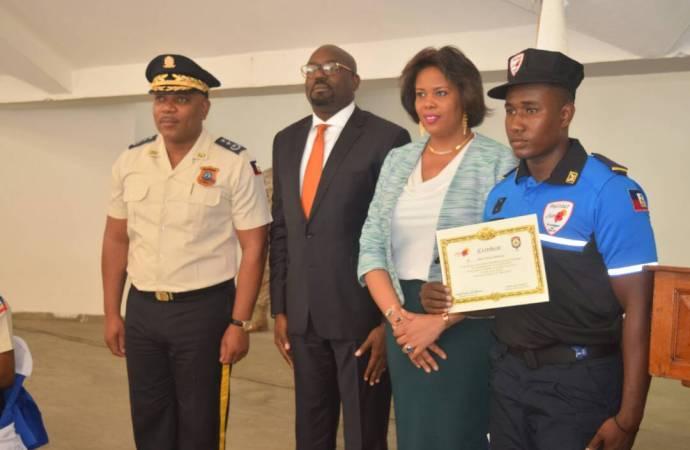 Haïti-Politour: une troisième promotion entre en fonction