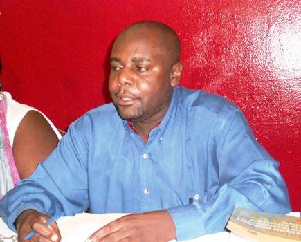 Dossiers épineux : Yvon Bonhomme s'érige en consultant du Pouvoir