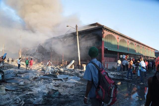 Haïti-Protestation: les revendications des victimes d'incendie de marché en fer refont surface