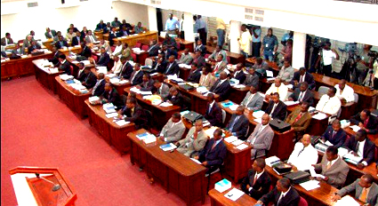 Formation du gouvernement : des députés et sénateurs réclament un »partage du gâteau»