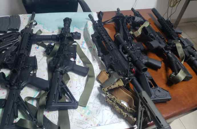 La PNH a mis la main au collet de 8 hommes armés jusqu'aux dents.