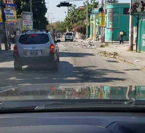 Haïti-Crise: Sur fond de risque, la vie reprend  timidement