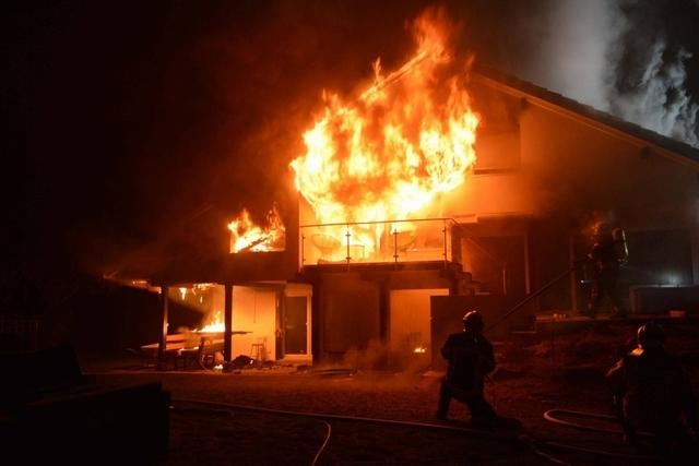 À pétion-ville : une fille tue sa mère et brûle la maison familiale