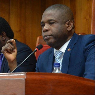 Délocalisation du siège social du parlement, Carl Murat Cantave apporte des démentis