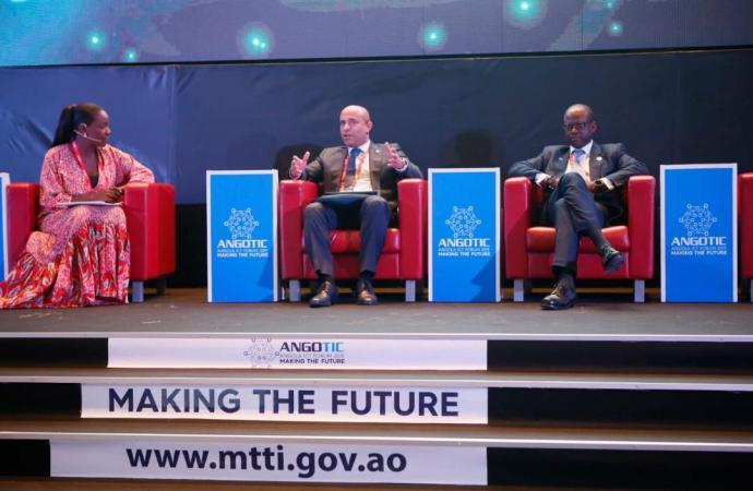 Laurent Lamothe favorable au développement accéléré des villes intelligentes