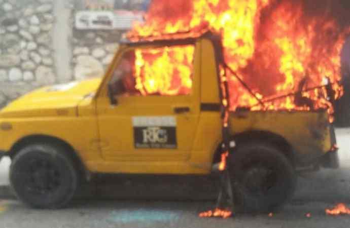 Des manifestants ont attaqué la Radio Tele Ginen ce lundi 10 juin 2019.