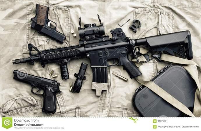 Désarmement: remise à la CNDDR de 4 armes à feu et 50 cartouches