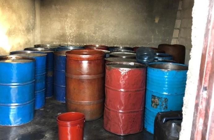 Vente illicite de carburant: arrestations et saisies de camions par les autorités