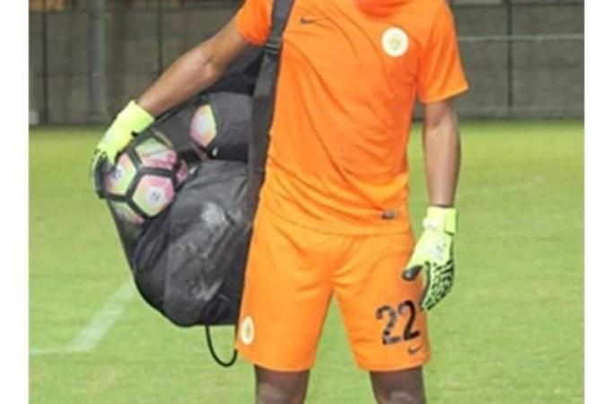 Un joueur de la sélection de football de curaçao meurt d'une crise cardiaque à Port-au-Prince