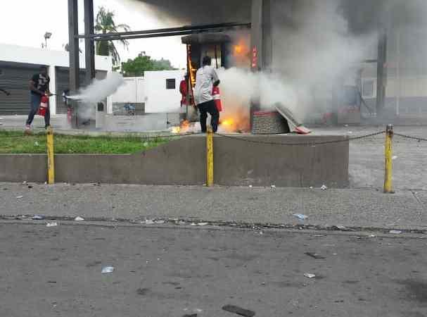 Tentative d'incendie d'une station-service
