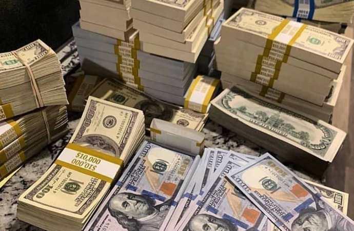 """""""Les milliers de dollars que doivent des hommes d'affaires à lEtat seront récupérés"""", garantit Newton St-Juste"""