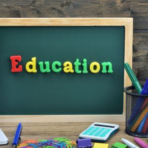Des écoliers et universitaires lancent une pétition pour exiger la reprise des activités scolaires et universitaires