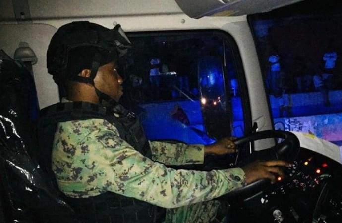 Déblayage des rues, le gouvernement tente de reprendre le contrôle