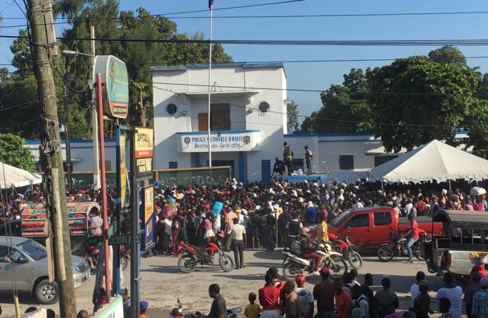 Navire-hôpital USNS Comfort: 3.500 Haïtiens bénéficiaires de soins