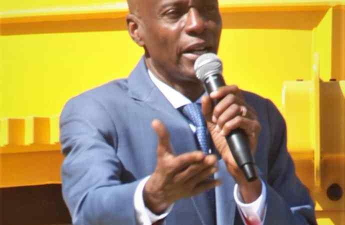 Jovenel Moïse s'apprête à diriger le pays par décret