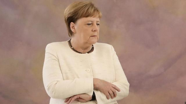 Allemagne-Coronavirus: Angela Merkel mise en quarantaine