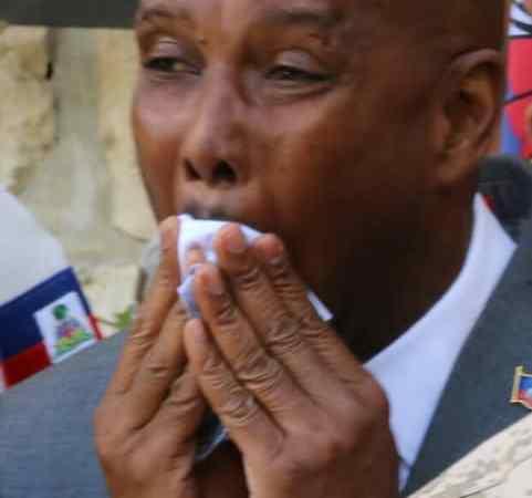 Nouveau gouvernement-Insolite: Lapin verse des larmes !