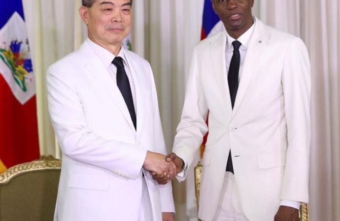 L'ambassadeur de Taïwan Bernard Bang-zyh Liu expulsé du pays