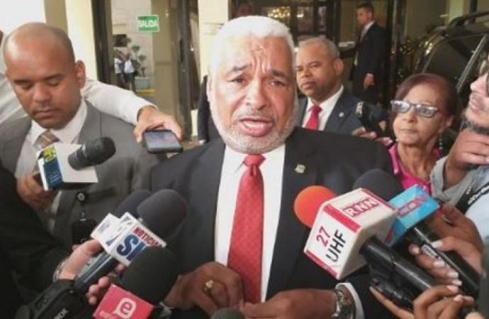 Coronavirus: un député dominicain testé positif, un candidat décède