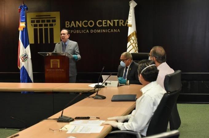 République Dominicaine: La banque Centrale presse les banques commerciales d'aider les clients