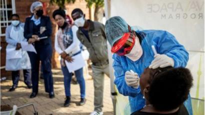 Coronavirus: 259 nouveaux cas, 3 décès, 2124 infectés au total